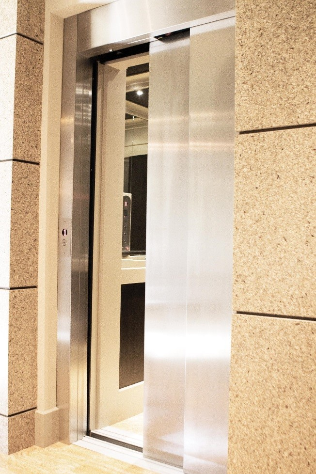 LULA Elevator model 1