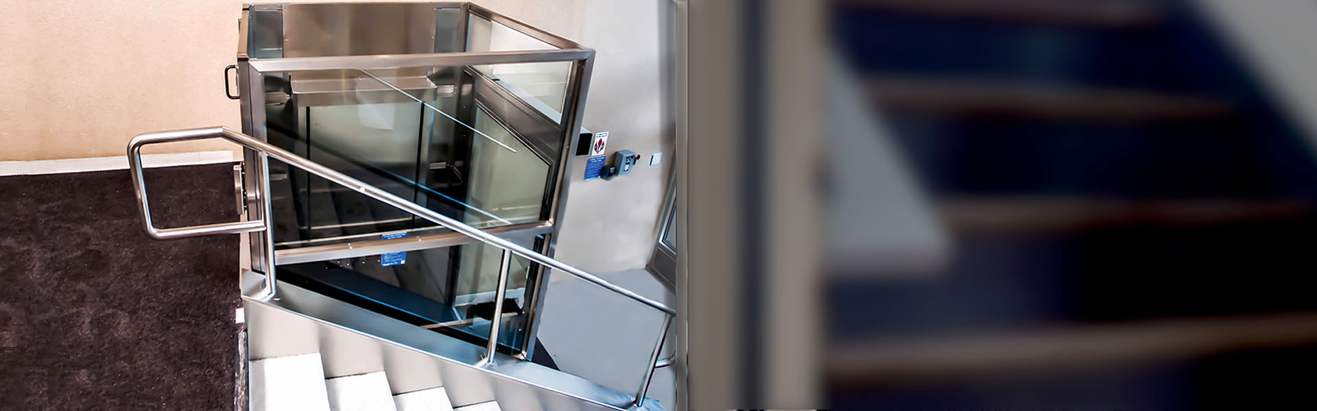 Platform Lift & Wheelchair Lifts: IL,IN,WI |